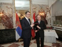Vucic is seen with President of the Austrian Federal Economic Chamber Christoph Leitl (Tanjug)