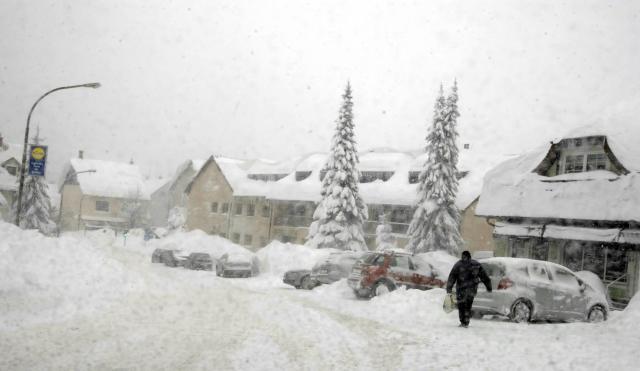 Sneg u Hrvatskoj (Foto: Tanjug/Hina)
