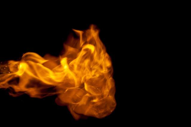"""Autobus """"Kosmet prevoza"""" u plamenu VIDEO"""