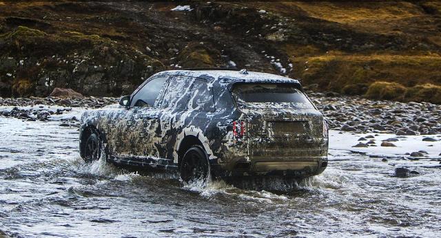 Rolls-Royce Cullinan: Maskirani prototip