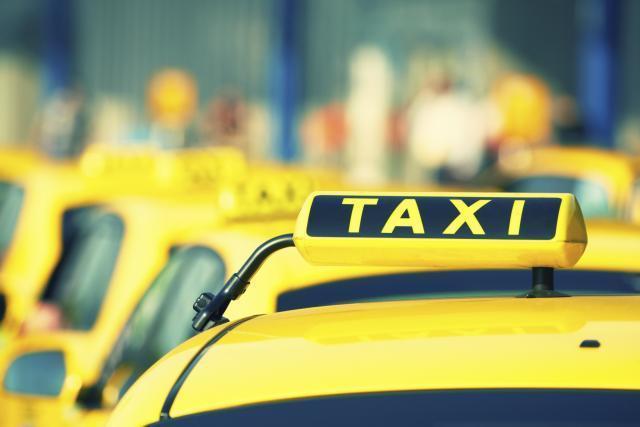Vlasti u Novom Sadu upozoravaju na moguće prevare taksista