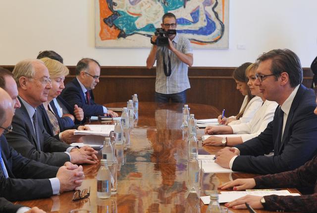 Vučić sa delegacijom Odbora francuskog Senata