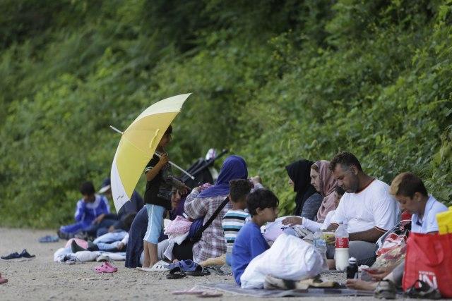 Migranti pokušali da uđu u BiH, prevrnuli se u Drini