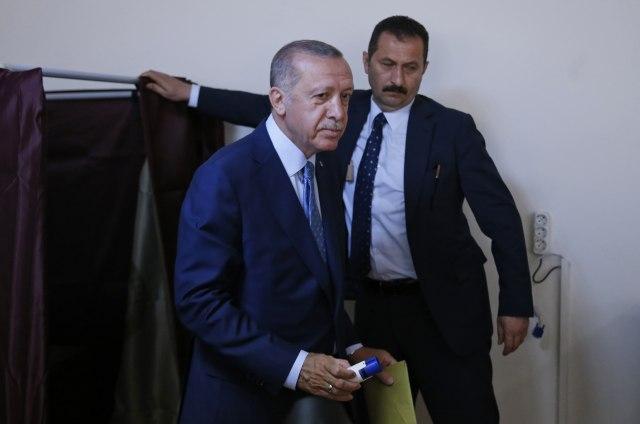 Preliminarni rezultati: Pobeda Erdogana i njegove AKP