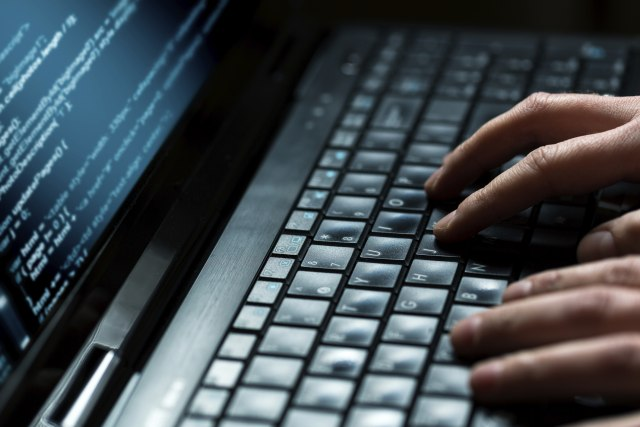 Dete za 10 min. hakovalo sajt, promenilo rezultate izbora
