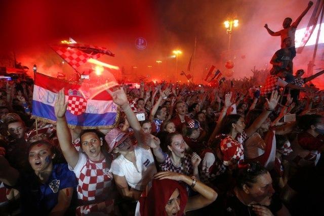 Tanjug/AP Photo/Darko Vojinovic