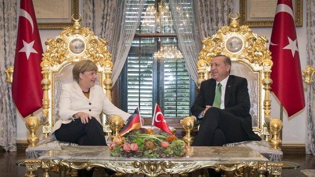O cemu ce u septembru razgovarati Erdogan i Angela?