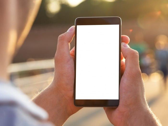 Sedam Razloga Zašto Ne Treba Kupiti Kineski Telefon B92net