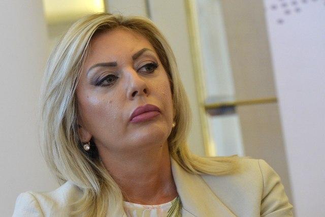 """""""Vučić poslao značajnu poruku, i to na tri adrese"""""""