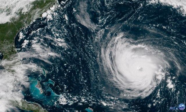 Opasan uragan stiže za dva dana FOTO