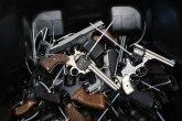 Sarajevo: Racija među migrantima, pronađena gomila oružja