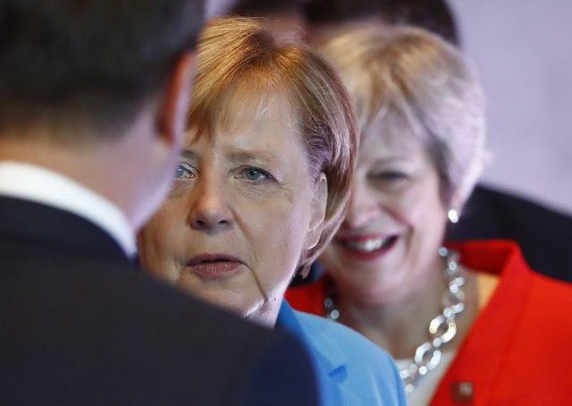 Merkel poziva na prijateljstvo i poštovanje u pregovorima