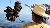 Francuska uklanja greben napravljen od otrovnih guma
