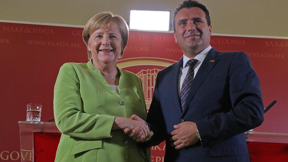 Poseta Angele Merkel broji se kao prva poseta nemačkog kancelara Makedoniji od sticanja nezavisnosti jer mnogi kratki boravak Gerharda Šredera tokom krize na Kosovu ne računaju/Getty Images
