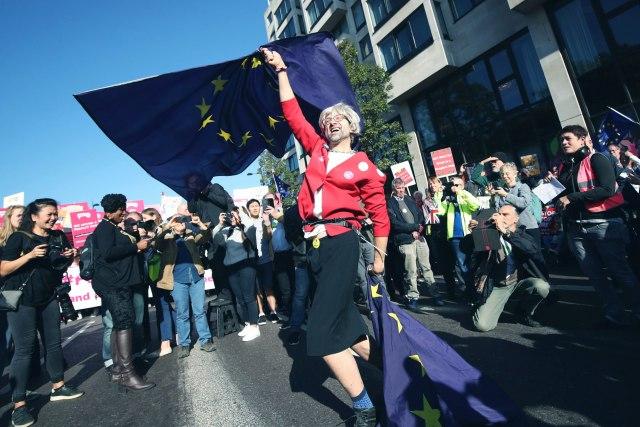 Hiljade na ulicama Londona – traže novi referendum VIDEO