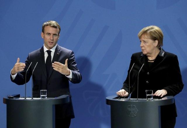 """""""Evropa ima obavezu da ne dopusti da svet sklizne u haos"""""""