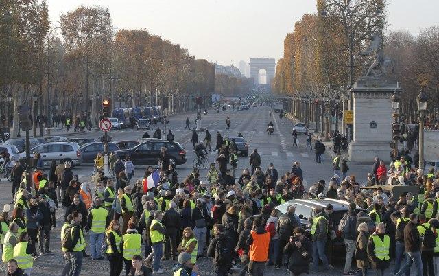 Stravične posledice blokade puteva u Francuskoj