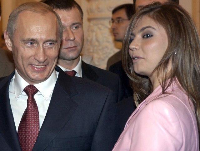 Putin i Kabajeva 2004. godine / Foto: EPA
