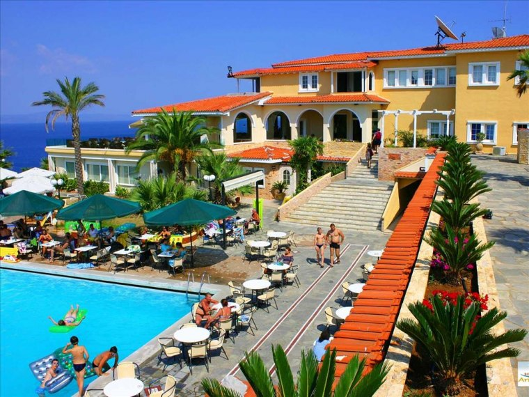 Aristoteles Beach Resort / promo