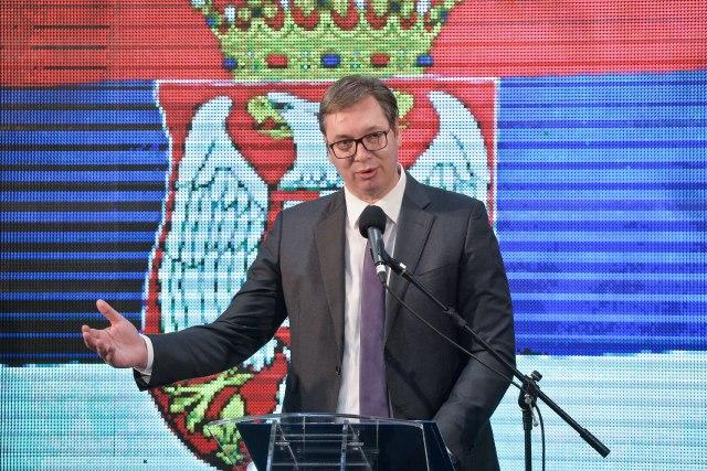 Vučić sutra sa Fabricijem i ambasadorima zemalja EU