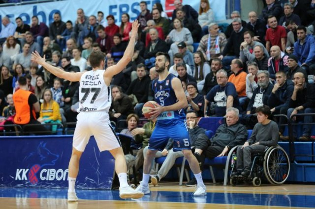 Foto: ABA league: Cibona/Zeljko Baksaj, Gordan Lausic, D. Vranar
