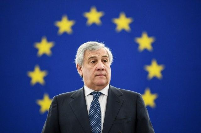 Tajani: Žao mi je i izvinite