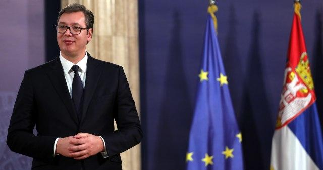 Vučić se u 13 sati obraća javnosti