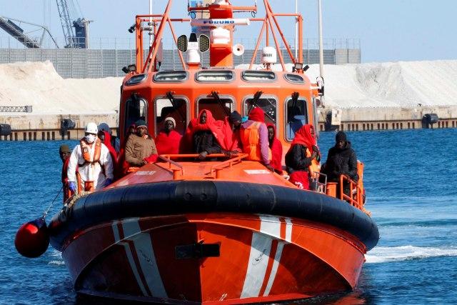 Obalska straža Mauritanije presrela brod sa migrantima