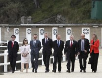 G7 foreign ministers and EU's foreing policy chief are seen in France (Tanjug/AP)