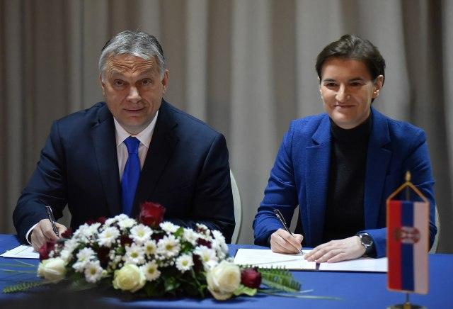 Orban i Brnabić posle zajedničke sednice: O granici, ekonomiji, migrantima