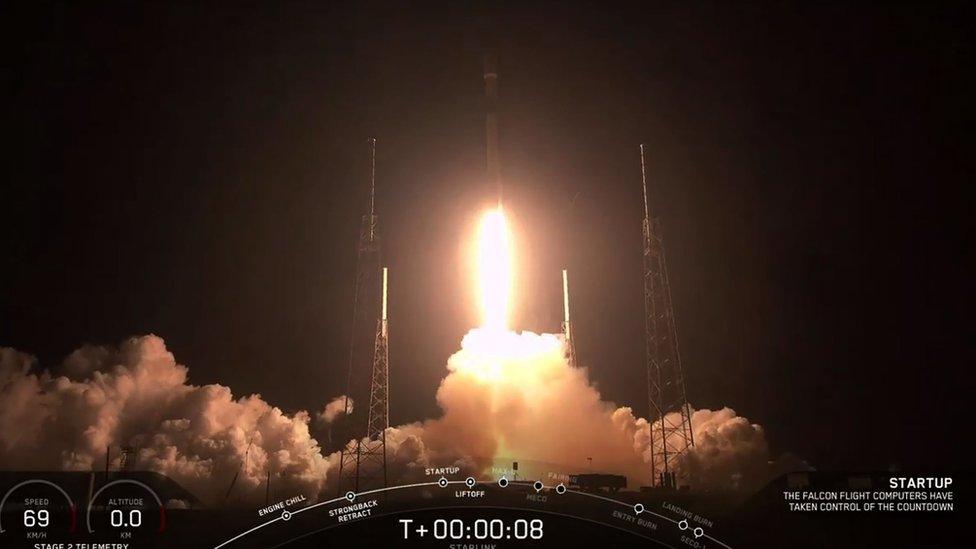 Raketa Falkon 9 poleće iz Kejp Kanaverala/AFP