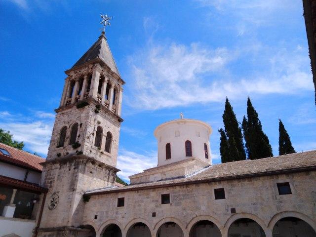 Manastir Krka, svetionik pravoslavlja u Dalmaciji FOTO