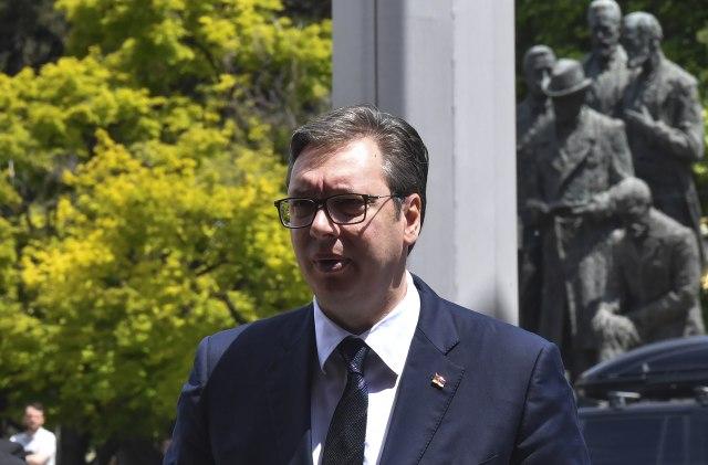 Vučić o dijalogu: Plašim se da dižu sve veće barijere između nas