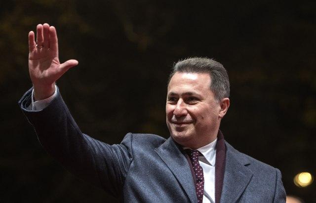 Zaev potvrdio spekulacije: Gruevski napustio zemlju u gepeku
