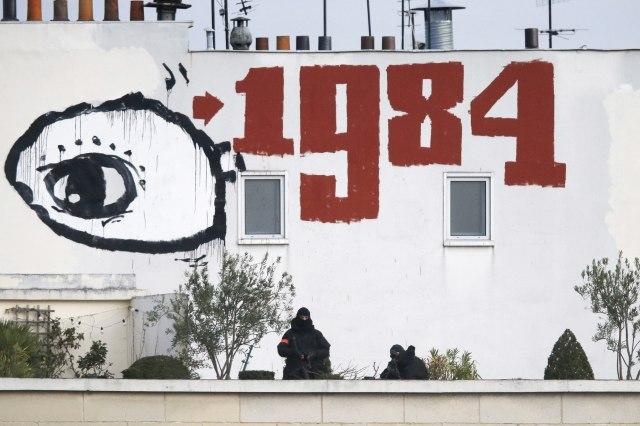 """""""1984"""" i dalje popularna među mladima: Orvel nikad aktuelniji, složićete se?"""
