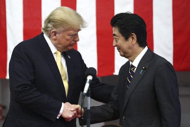 Tramp i Abe razgovarali o napadu u Omanskom zalivu
