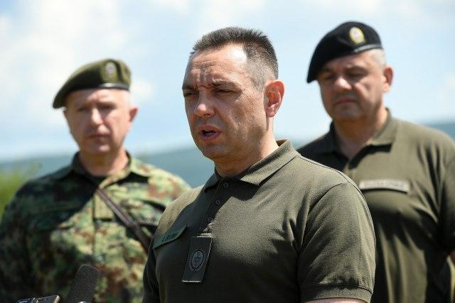 Vulin: Srbija može biti zaštićena samo ako ima moćan i dobro obučen rezervni sastav