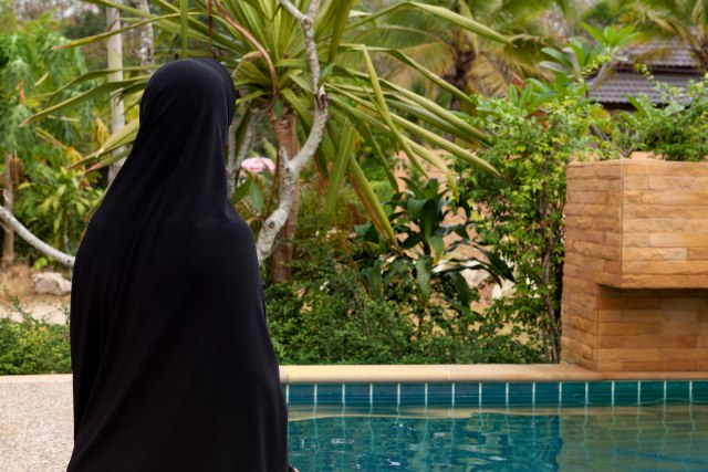 Nemačka: Sud ukinio zabranu nošenja burkinija u bazenima