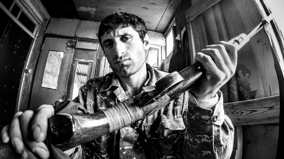 Paravojne jedinice u Nagorno Karabahu - konflikt je zamrznut pre skoro 25 godina, ali smrtonosni incidenti dođaju se godinama nakon rata/Gilad Sade