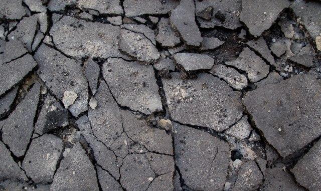 Snažan zemljotres pogodio Indoneziju