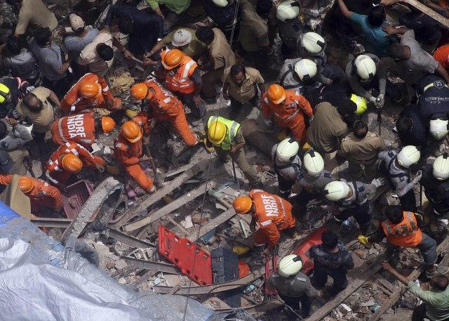Urušila se zgrada u Mumbaju, najmanje četvoro mrtvih, ima više zatrpanih