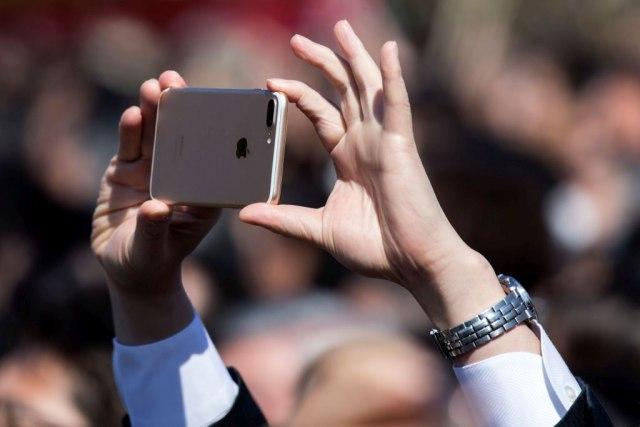 Android vest Zašto sve više vlasnika iPhone-a prelazi na Android telefone