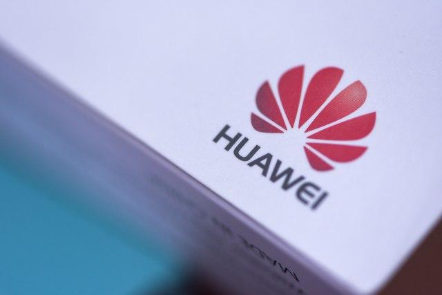 Android vest Huawei Ĺľeli Android po svaku cenu