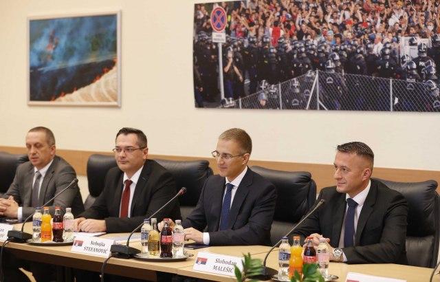Stefanović u Budimpešti o saradnji sa Mađarskom