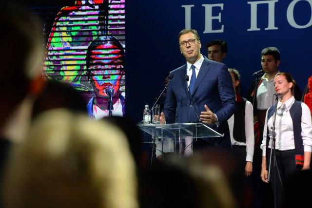 Vučić u Krušedolu: Otišli su Srbi - je li Hrvatska danas srećnija ili uspešnija zbog toga