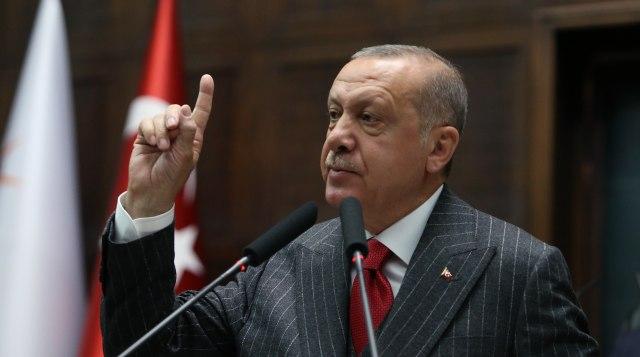 """Erdogan: Putin me uverio da se Kurdi neće """"preobući"""""""