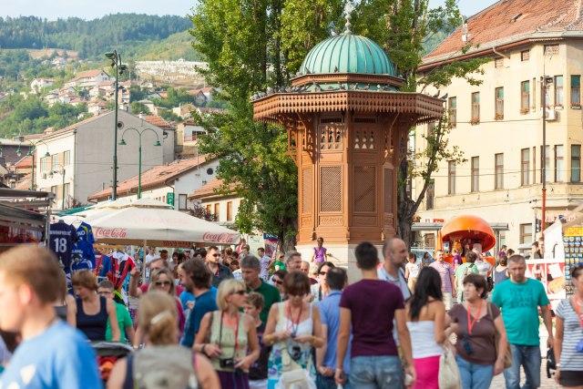 Počeo Sarajevo Film Festival: Uručena priznanja Pavlikovskom i Injarituu