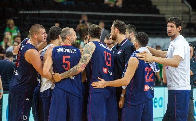 Srbija Nepobediva Na Pripremama Pala I Francuska Pred