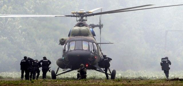 SAJ, Žandarmerija i Helikopteri na poligonu u Nikincima, među prisutnima i predsednik Vučić