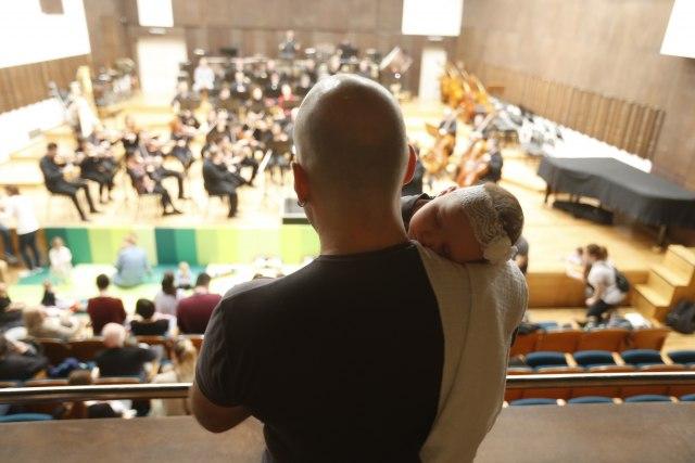 Ponovo koncerti za bebe u Beogradskoj filharmoniji